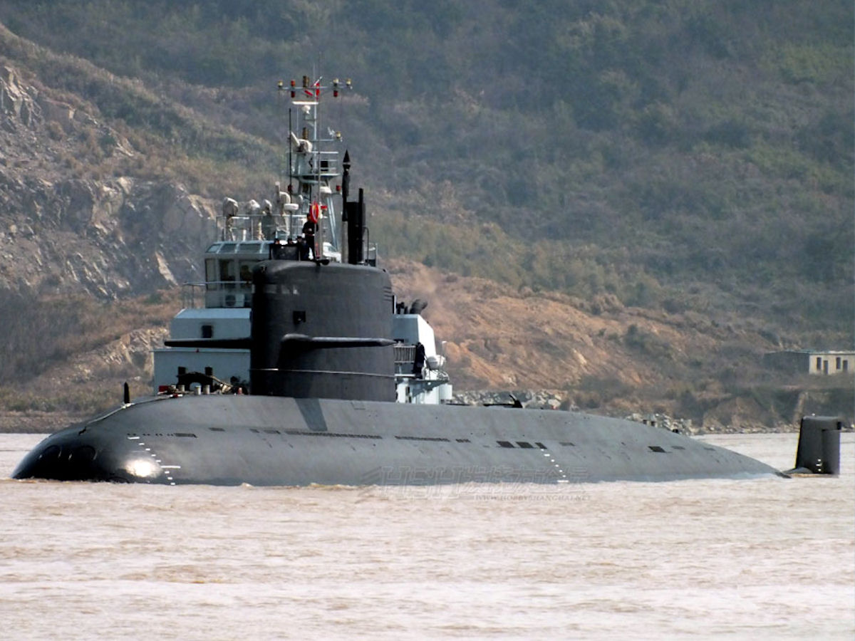 People's Liberation Army's Navy (PLAN) Type 041 YUAN Class ... |Type 041 Submarines