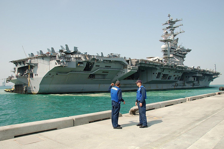 Uss Nimitz Size Comparison USS Dwight Eisenhower,...